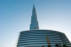 Burj Khalifa (det Khalifa tornet) som är bekant som Burj Dubai före dess invigning, Förenade Arabemiraten Royaltyfri Bild