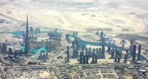 Burj Khalifa (Dubai) y bahía del asunto, Dubai Fotografía de archivo