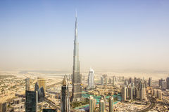 Burj Khalifa från en helikopter Royaltyfria Foton