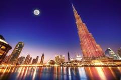 Burj Khalifa nattlandskap arkivbilder