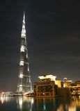 Burj Khalifa nella notte Immagini Stock