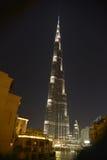 Burj Khalifa på natten Royaltyfri Foto
