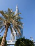 Burj Khalifa - världens mest högväxta torn på i stadens centrum Burj Dubai Royaltyfri Fotografi