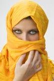 Burka giallo Fotografia Stock Libera da Diritti