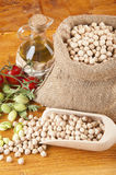 Burlap sack with chickpeas Royalty Free Stock Photos