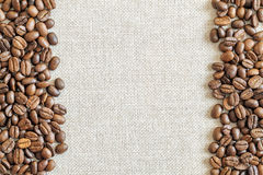 Free Burlap Sackcloth Canvas And Coffee Beans Placed Round Photo Back Stock Image - 86407841