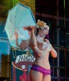 Burlesk dansare Arkivbilder
