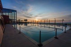 Burlington Ontario wschód słońca odbicia basen zdjęcia stock