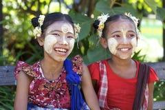 burma myanmar folk Royaltyfri Foto