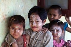 Burmese barn Royaltyfri Foto