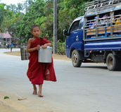 Burmese monks walking morning alms Royalty Free Stock Photos