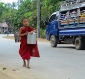 Burmese monks walking morning alms Royalty Free Stock Photos