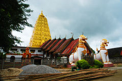 Burmese temple in Sangkhlaburi Royalty Free Stock Photos