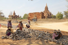 Burmese workers in Bagan archaeological site, Myanmar Stock Photos