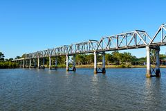 Burnett River Railway Bridge in Bundaberg, Australië Royalty-vrije Stock Afbeeldingen