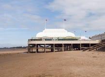 Burnham-på-hav pir och strand, Somerset Arkivfoto