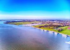 Burnham-su-si accovaccia la parte anteriore del fiume - Essex Fotografia Stock