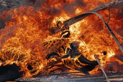 Free Burning Cars Wheels, Strong Flame Of Red-orange Fire Stock Photo - 146983980
