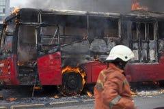 Burning de Busway Jakarta Fotos de archivo