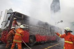 Burning de Busway Jakarta Imagenes de archivo