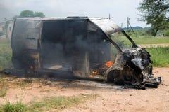 Burning dell'automobile Immagine Stock