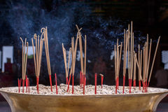 Burning di incenso Immagini Stock Libere da Diritti