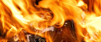 The burning fire in BBQ Royalty Free Stock Photos