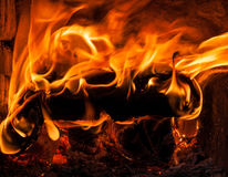 Burning firewood Royalty Free Stock Images