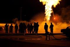 burning hålla ögonen på för brandman Royaltyfria Bilder