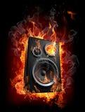 burning högtalare royaltyfri illustrationer