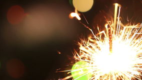 burning sparkler arkivfilmer