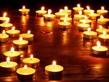 burning stearinljus grupp Royaltyfria Foton