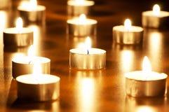 burning stearinljus många Royaltyfri Foto