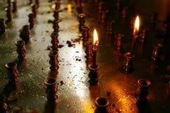burning stearinljus två Arkivbild