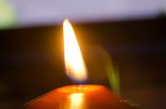 burning stearinljusdark Royaltyfria Foton