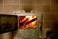 burning ugnträ royaltyfria foton