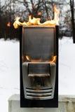 burninging的案件计算机 库存照片