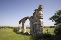 罗马军队废墟在国家公园Krka,克罗地亚野营 库存照片