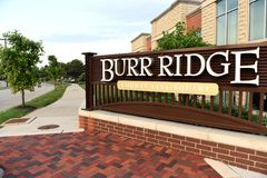 Burr Ridge, Illinois, EUA, EUA - 7 de junho de 2018: Casa de campo de Burr Ridge Imagens de Stock