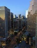 Burrard街在温哥华市中心,不列颠哥伦比亚省,加拿大 免版税库存图片