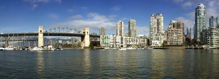 Burrard bro i Vancouver Royaltyfri Foto