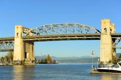 Burrard bro, Vancouver, F. KR., Kanada Arkivbild