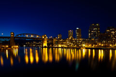 Burrard Straßen-Brücke, Vancouver, BC Sonnenuntergang Lizenzfreies Stockbild