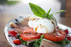 Burrata Caprese Stock Foto's