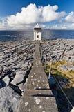 burren latarni morskiej ścieżkę Zdjęcia Royalty Free