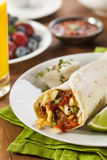 Burrito chaleureux de petit déjeuner de chorizo Images libres de droits