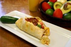 Burrito de petit déjeuner de lard, d'oeufs et de fromage Images libres de droits