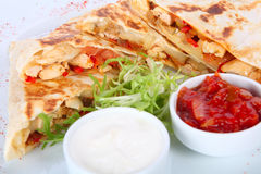 Burrito fresco del pollo Imágenes de archivo libres de regalías