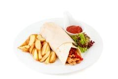 Burrito på vit bakgrund Royaltyfri Bild