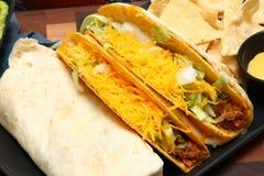 Burrito, taco, crujido de Gordita y Nachos fotos de archivo